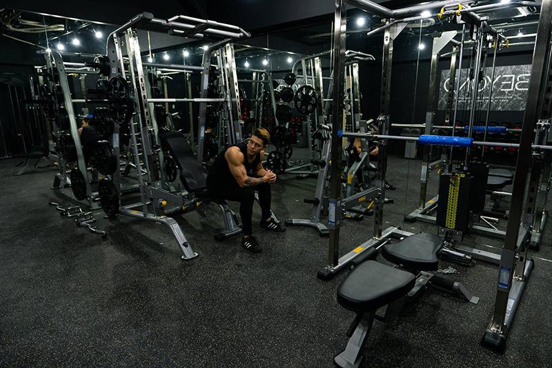 BEYOND池袋店のトレーニングスペース