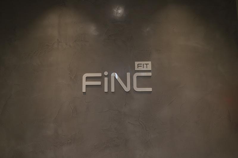 FiNC Fit六本木店の内壁